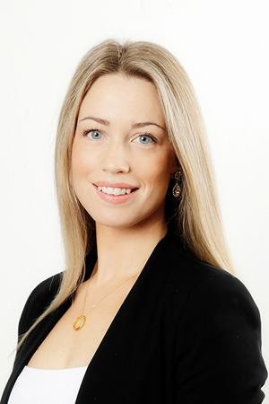 Anna Thiger : Civilekonom/ Reg. Fastighetsmäklare